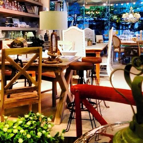 Bonsai επιπλα φωτιστικα διακοσμητικα πινακες καθρεπτες λευκα ειδη κηφισια