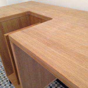 Χειροποίητο ΞύλινοΓραφείο ελληνικής παραγωγήςαπόμέταλλο και ξύλο.